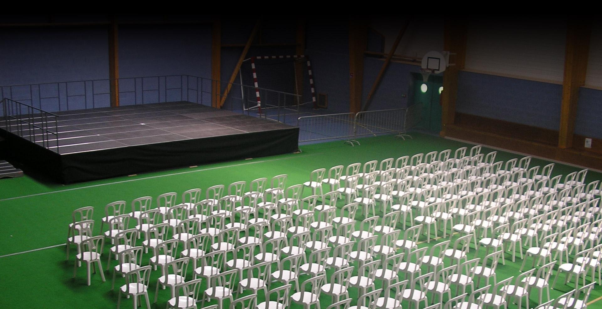 Scène, podium, mobilier